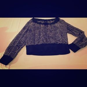 Psychedelic black and white blouse